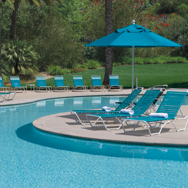 Pool Furniture Supply Tropitone Kahana Strap Chaise