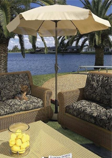 Fiberbuilt Garden Umbrella 7 1/2 Foot Hexagon with Two Piece Aluminum Pole