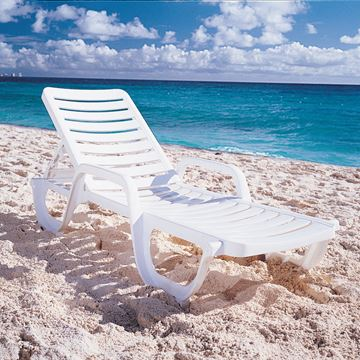 White Bahia Plastic Resin Chaise Lounge