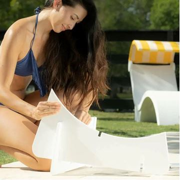 Ledge Lounger In-Pool Patio Chair Riser