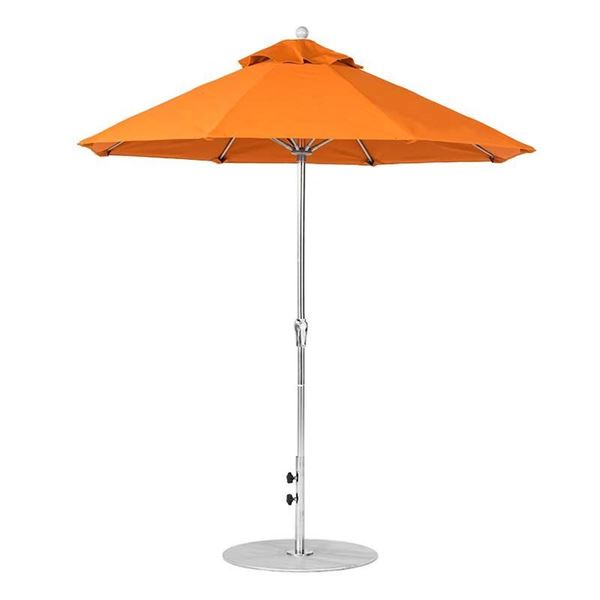 7.5 Foot Octagonal Fiberglass Market Umbrella with Crank