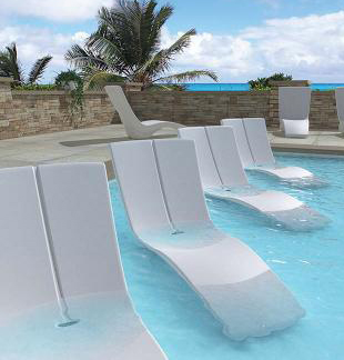 Curved Rotoform polymer chaise lounge by Tropitone & Pool Ledge Furniture Recommendation Guide : What Pool Furniture can ...